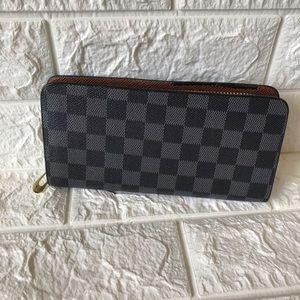 Large Zip-Around Wallet (Black and grey)